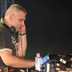 DJ Allen @ Liberty Parade 2008