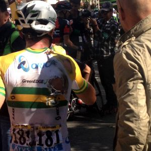 Gerrans crashes on stage one of 2014 Tour de France, still hopes to fight for stage two