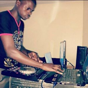 30 minutes of pure niceness from His Majesty DJ MAJAY (Afro-beat