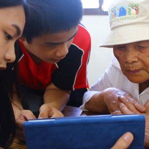 部落繁星:富源國中推廣閱讀的策略,志工說故事/稜宜、湘琴