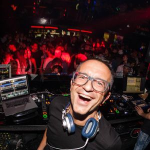 John Acquaviva Live @Shine Club, The Riviera, Madrid, August 2015