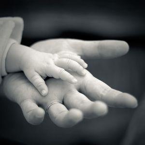 """""""Klein gemaakt onder God's hand, groot gemaakt in God's hand"""" - Voorganger Roy Manikus 2-6-2013"""