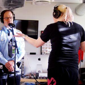 Dame i herrefengsel og fengselsleder Nils Finstad