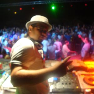 feeling deep & tech house summer 2012 by dj giorgio