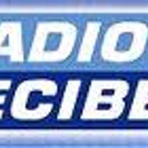 Luckycharmes ft Perry Mystique live @ radio decibel april 2011