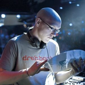 Kai Seeliger in the mix @ Liquid 2008 1 of 3