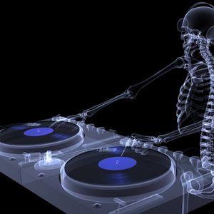 Marcos aka DJ TRASHY CHULO April 6 2011 Mini mix