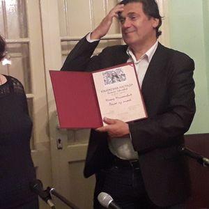 Dodela nagrade Biljana Jovanović Nenadu Miloševiću