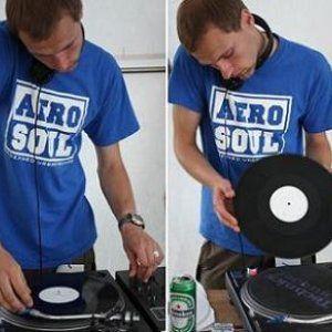 Tavo Teritorija su DJ Red1 @ Opus3 (2010 01 01)