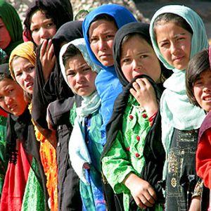 Part 1 April Pashto Show with Khalid Khattak  GRR 04/16/11