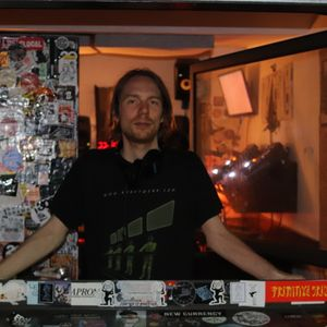 Nts By Vester 8th RadioMixcloud July Whities 2018 W Koza nONvm0w8