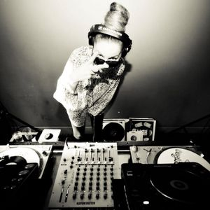 Ayah Marar - Kiss FM Presents... Mix July 2012