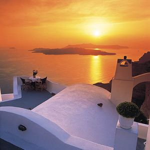 summer sound guide : santorini