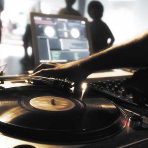 house music dj j lamprou