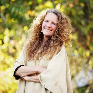 Lyn Roberts-Author-Co-Founder -Mountain EarthWisdom Circle- Sunday April 6-04-2014
