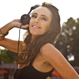 We Run The World Female Dj Agency Presents Honey O in the House Vol1 (Ibiza Mix)