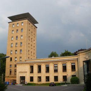 Radio Luxembourg 301292 23.15-0.15