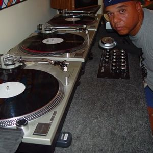DANCE MIX 133 dj mike labirt in the mix with a blend of soulful and lots more