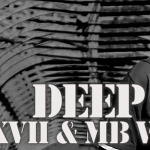 Deep Loco 2011.05.10 (mixed by Karol XVII & MB Valence) houseradio.pl