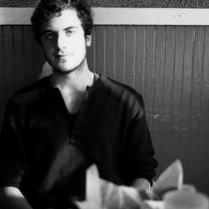 Nicolas Jaar - Essential Mix (BBC Radio1) - 05-19-2012