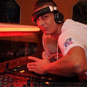 Dj Peet Plus1 radio Live mix  2012.Junius 08