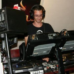 El Wacko @ Radio Hi Tec 'your dance station' 29-08-2012