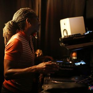 Pat Steele S Too Funky Show House Music