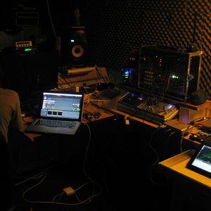 RIDDIM'N'BRUISE : Monoak, DeFeKt, Monster X & Stormfield - Sept 2012