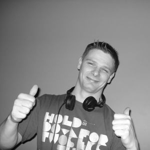 DJScott Lees (Groove Technicians) TOO FAR GONE 3AM