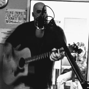 Neil Crud on TudnoFm 17.01.17 - Show #42 - Red Or Dead in Session