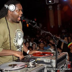 THE LUNCHTIME MIX 02/08/12 PART THREE (90'S HIP HOP)