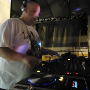 Set Electro House Comercial ep. 52 - Dj Plinio M&M