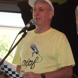 Sunday Classics with Trev: Show No. 73 (31/12/17) Featuring Trev the Road Poet (Pictured)