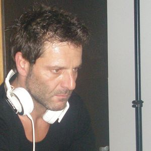http://www.mixcloud.com/chrisant/chris-ant-dance-mix