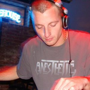 LightsOut @ Signal Flow Radio 6_7_2011 w/ DJ Blang Interview