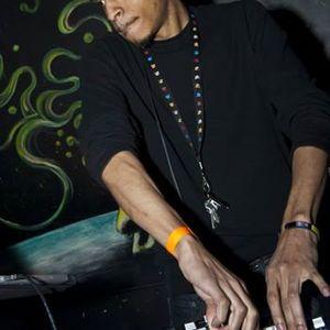 DJ EM K 2-5-14