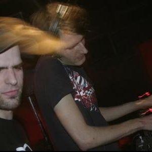 Crisp vs. Spastik - Lektrik Summer 2004