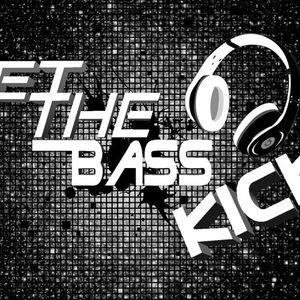 LET THE BASS KICK Vol 1(MIXED BY TAREK TN )