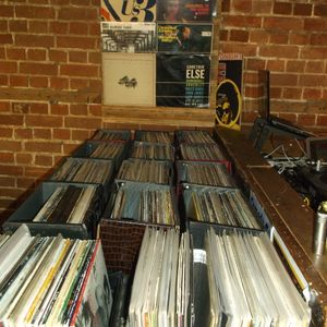 NO ROOM FOR SQUARES 86-PART 1-FEMALE VOCALISTS-AT MILK, READING, 1/7/15
