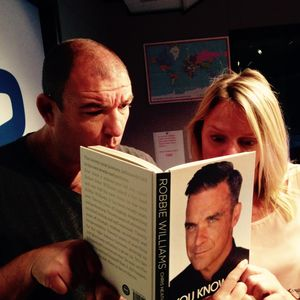 The Kenny And Daisy Show chat to Robbie Williams