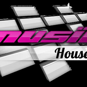 27.12.2011 - #Musik.House Vs #Musik.Club Battle - Radio Show