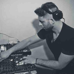 DJ Nickkal's radio mix @ UP Radio (Greece) |21.05.2016|