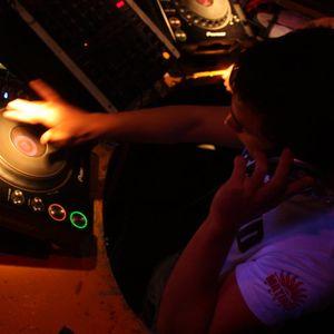 Deejay Kenn Oliver-Tech House Tribal & Progressive