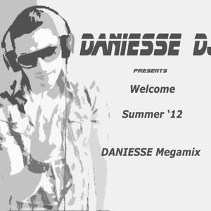 Welcome Summer '12 Megamix by Daniesse DJ