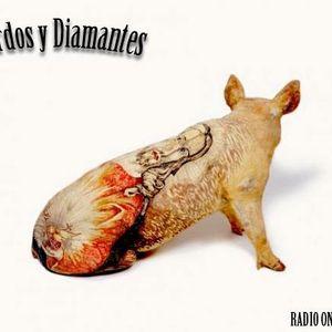 Cerdos y Diamantes Set 3 by Martin Garro