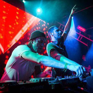Dimitri Vegas & Like Mike Smash the House 084