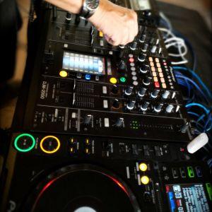 DJ MAURICE LINEA ANNI 90