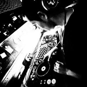 009 - MBR mixed by Tony M (2010-07-28)