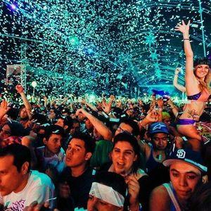 THE BLEND KING DJ I AM PRESENTS: SOMETHING DIFFERENT (A Dubstep, Dance, EDM Mix)
