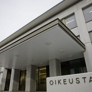 Käräjätuomari - A judge of district court